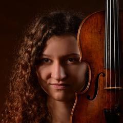 Daria Patroniak Violinist in Glasgow