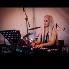 Anna Simpson Pianist in Leeds