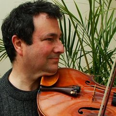 Ross Cohen Viola Player in Cardiff