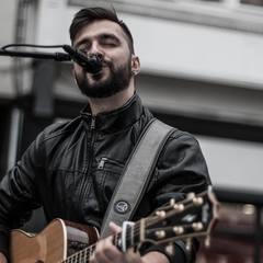 Cezar Habeanu Singer in Dublin