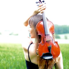 LAURA -PORTALES Violinist in Portsmouth