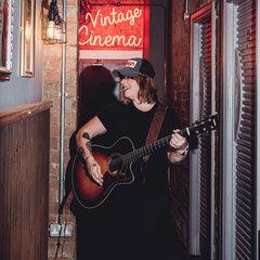 Tara Simms Guitarist in Birmingham