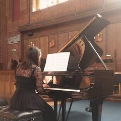 Alice Muzzioli Pianist in Cardiff