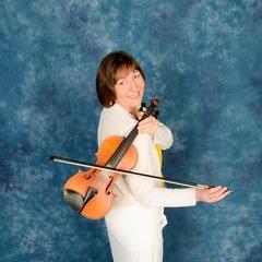 Heulwen Thomas Violinist in Bristol
