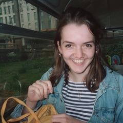 Helen Birch Pianist in Cardiff