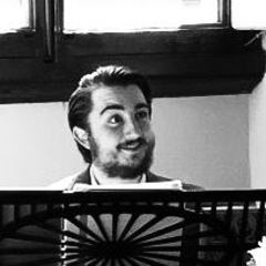 Oliver Bowes Singer in Bristol