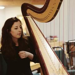 Grainne Meyer Harpist in the UK