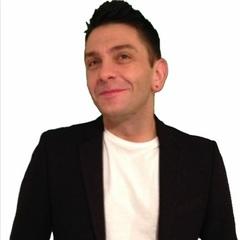 Craig Hards DJ in London