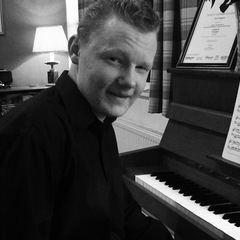 Ted Chegwin Pianist in Birmingham