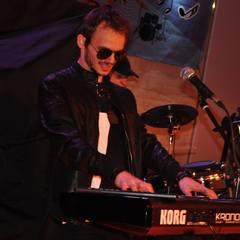 Stefan Nistor Keyboard Player in London