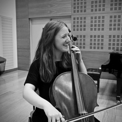 Rachel Newbold Cellist in Cambridge