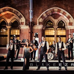 XS Showband Wedding Band in the UK