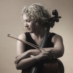 Helena Svigelj Cellist in London
