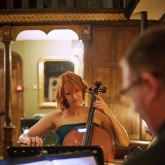 Claire Hollocks Cellist in the UK