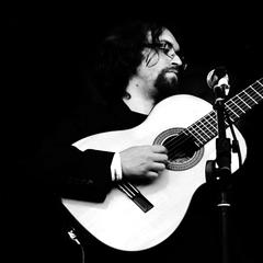 Mario Bakuna Guitarist in London