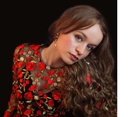 Sarah Munro Singer in Hertfordshire