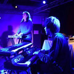 Frankie Burrows Keyboard Player in London