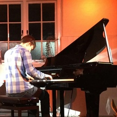 Josh Fitch Pianist in Southampton