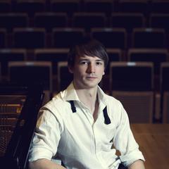 Immanuel Voigt Pianist in Bristol