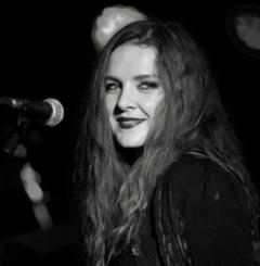 Chantelle Duncan Singer in the UK