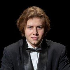 Nikita Lukinov Pianist in Glasgow
