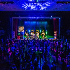 ABBA Re-Björn Tribute Band in Hampshire