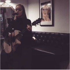 Katherine Norvill Guitarist in Coventry