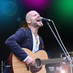 Alex Vann Singer in Worcestor