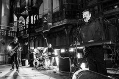 The Noel Fraser Band Cover Band in Manchester