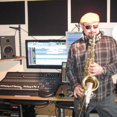 Robert Mijic-Carus Saxophone Player in Liverpool