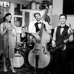 Amy and The Swing Beats Jazz Band in London