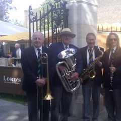 The Outswingers Jazz Band in London