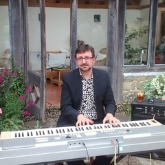 Rob Baker Pianist in Oxford