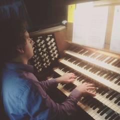 Vaughn Richardson Organist in Coventry