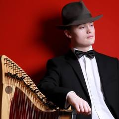Caolan Walpot Harpist in the UK