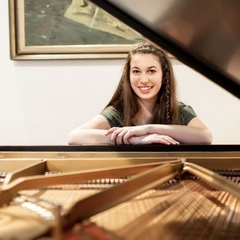 Anna Michels Pianist in Glasgow