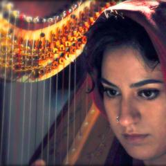 Gloria Birardi Harpist in the UK