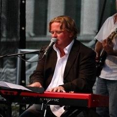 Tony Nicholls Pianist in Leeds