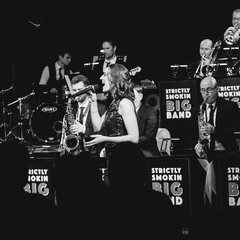 Strictly Smokin' Swing Band in Newcastle