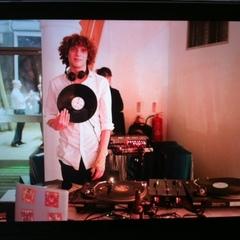 DJ Begge DJ in London