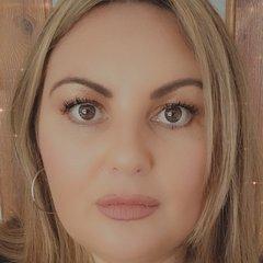 Louise Granton Singer in Liverpool