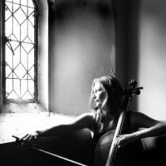 Verity Simmons Cellist in London