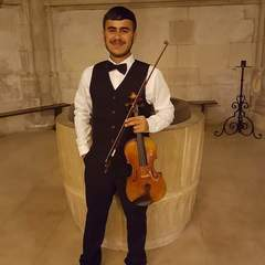Nazar Khapsalis Violinist in Lincoln