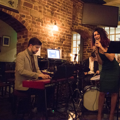 Ale & Honey Music Jazz Band in the UK