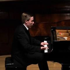 Thomas Kelly Pianist in the UK