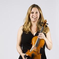 Sali-Wyn Ryan Violinist in London