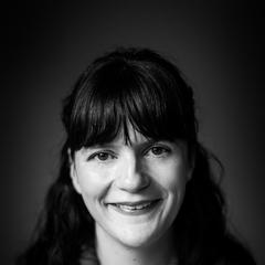 Sophie Hillyer Singer in the UK