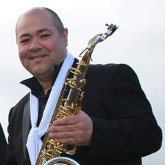 Jon Evans Saxophone Player in Oxford