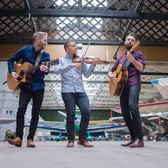 Fiddlin' About Trio in London