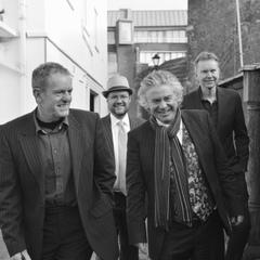 ESQ - Eclectic Sax Quartet Jazz Band in Southampton